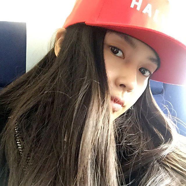 Китайской актрисе Енг Вин (Анджеле Бэйби) пришлось доказывать натуральность своей красоты (21 фото)