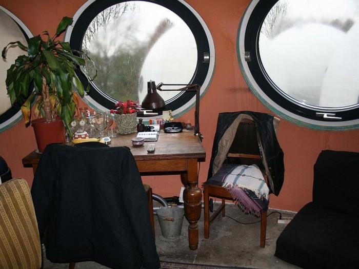 Уникальные дома-шары в Нидерландах (11 фото)