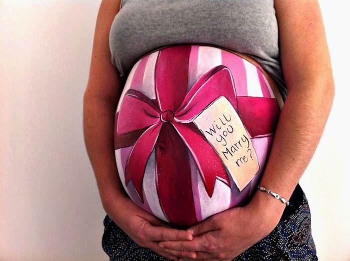 прикольные рисунки на животе у беременных фото