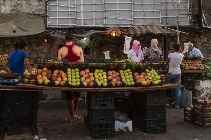 Мирная жизнь сирийского города Латакия (27 фото)