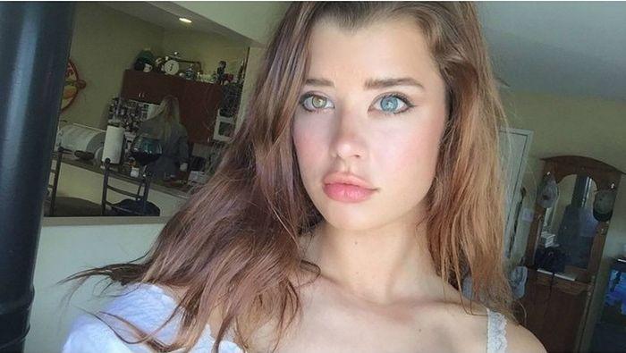 Американка с разноцветными глазами Сара МакДэниэл стала новой звездой интернета (19 фото)