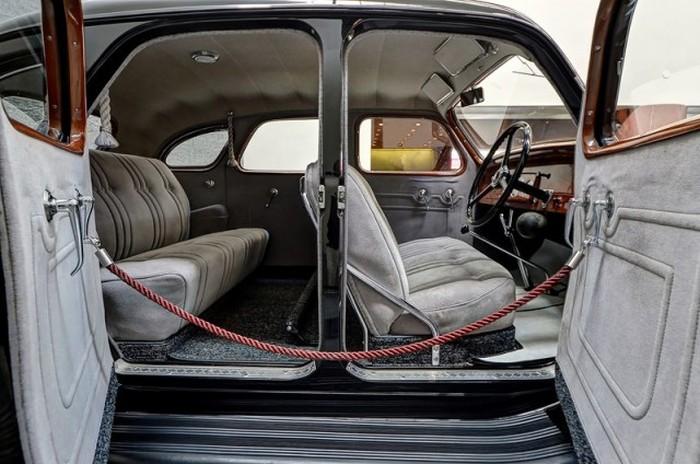 Единственный сохранившийся автомобиль Toyoda AA, обнаруженный в Сибири (10 фото)