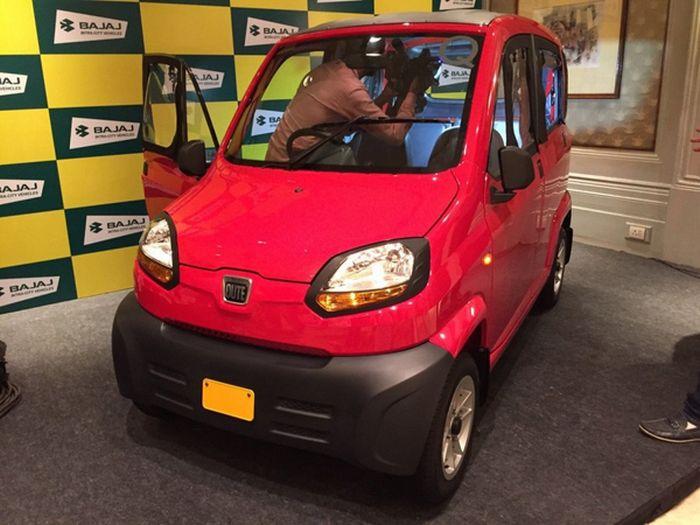 Самый дешевый автомобиль в мире Bajaj Qute начнут продавать в России (5 фото)