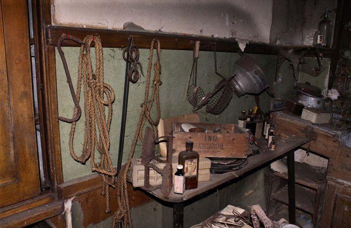 Заброшенное поместье британского писателя Джона Мильтона (20 фото)