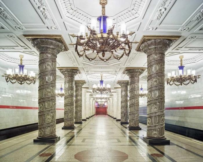 Harika Metro İstasyonları (8 fotograf ))