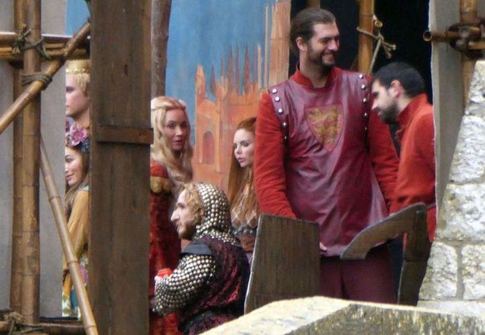 Фото со съемочных площадок 6 сезона «Игры престолов» (41 фото)