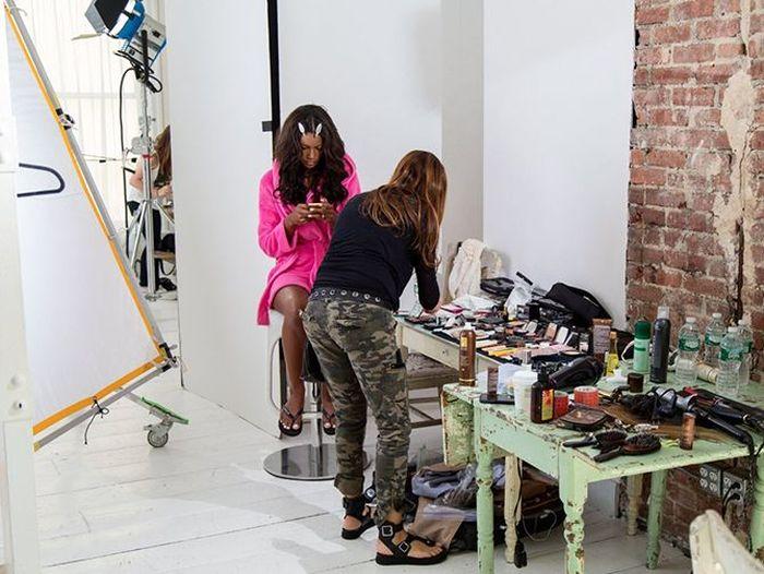 Как проходят съемки каталога нижнего белья известного бренда (19 фото)