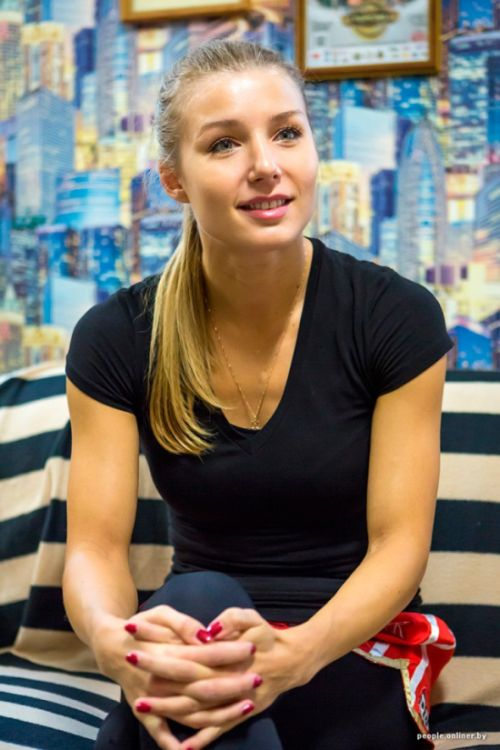 Интересное интервью очаровательной чемпионки мира по тайскому боксу Екатерины Вандарьевой (7 фото)