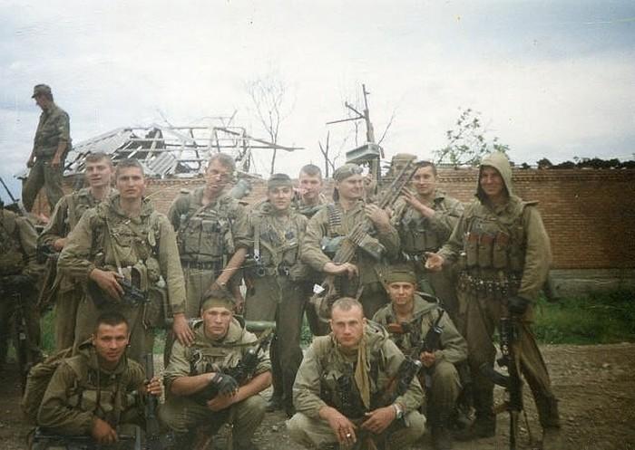 «Бешеная рота» - гроза чеченских боевиков (3 фото)