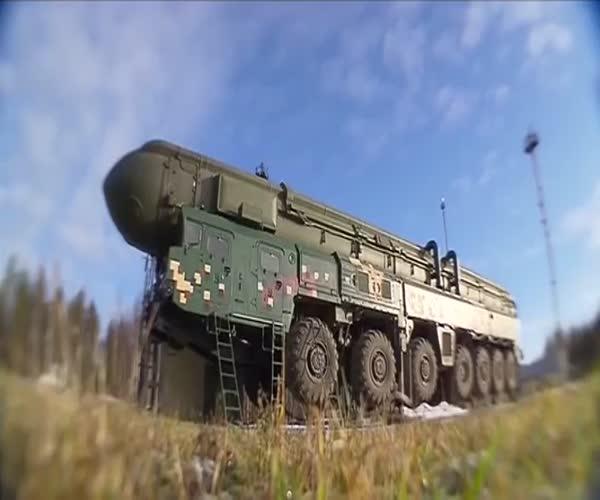 Как происходит запуск ракеты «Тополь»