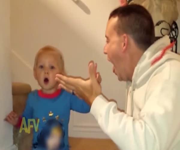 Папа удивил малыша