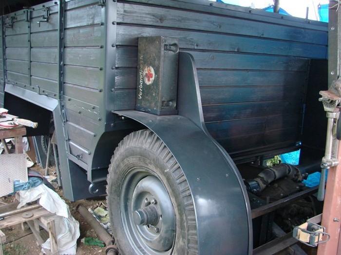 Самодельная копия немецкого армейского грузовика Krupp Protze L2H143 (55 фото)