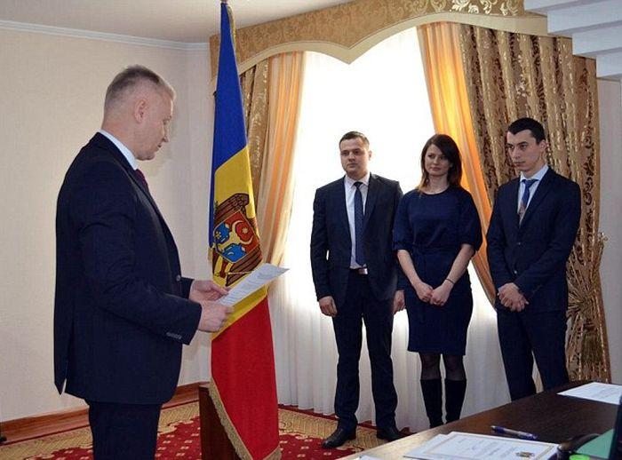 В Молдове живет самая сексуальная судья (7 фото)