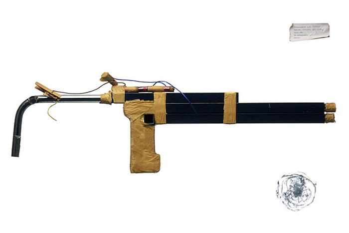 Самодельное оружие и предметы быта из тюрем (20 фото)