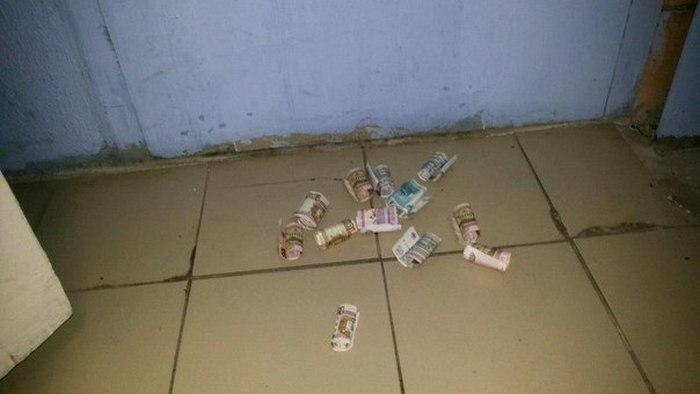 Отличная идея для заработка денег (2 фото)