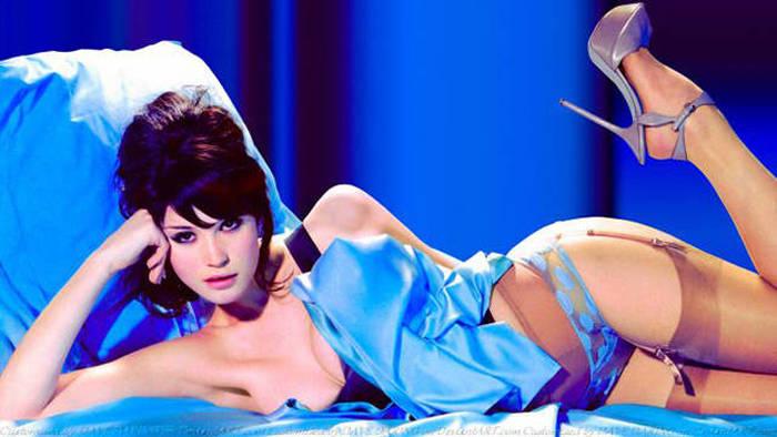 Самые сексуальные девушки суперагента Джеймса Бонда (22 фото)