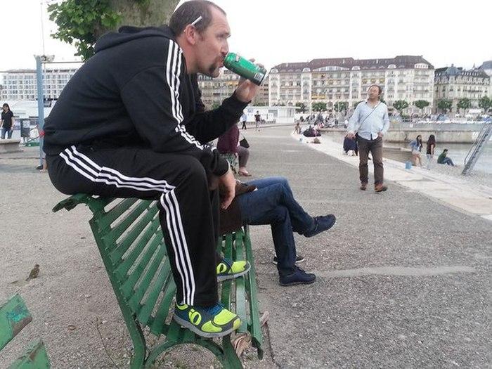 """Прикольная фотосессия """"Отпуск в Европе"""" (10 фото)"""