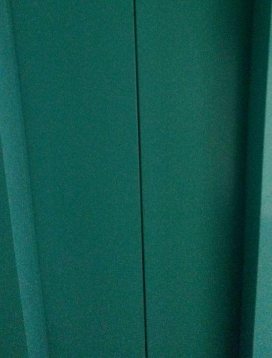 Новый лифт в обычной многоэтажке (6 фото)