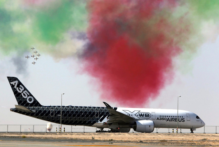Фотоотчет с авиашоу Dubai Airshow-2015 (14 фото)