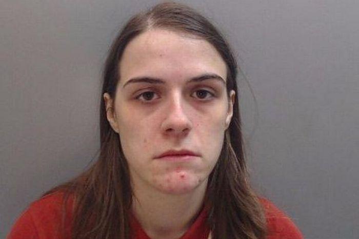 Британка притворилась мужчиной, чтобы заняться сексом со своей подругой (5 фото)