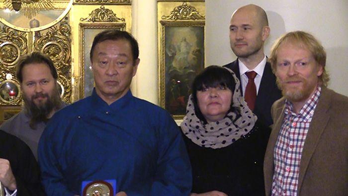 Актер Кэри-Хироюки Тагава, Шан Цунг из Mortal Kombat, принял православие и намерен получить российское гражданство (7 фото)
