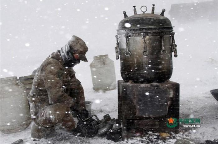 Зимние учения китайской армии (26 фото)