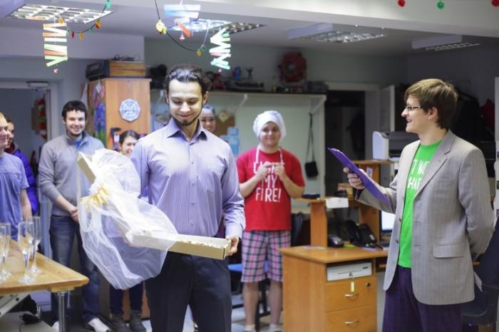 В Томске парень женился на пицце (7 фото)