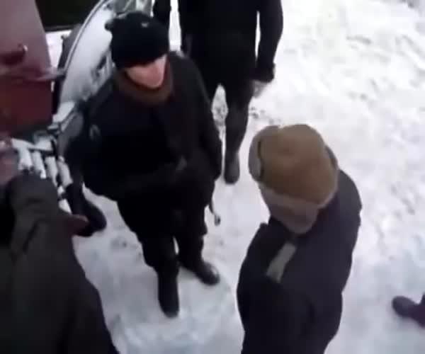 Польский военачальник отчитывает подчиненных