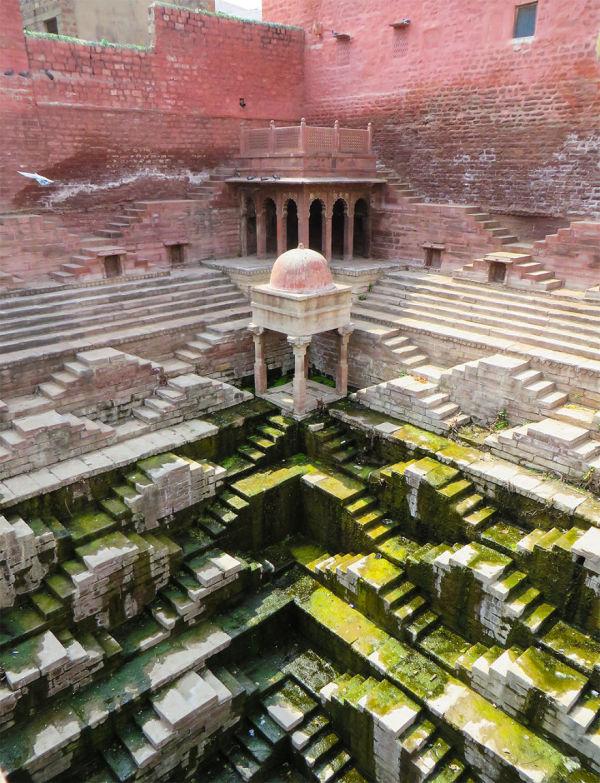 Ступенчатые колодцы - малоизвестные чудеса Индии (19 фото)