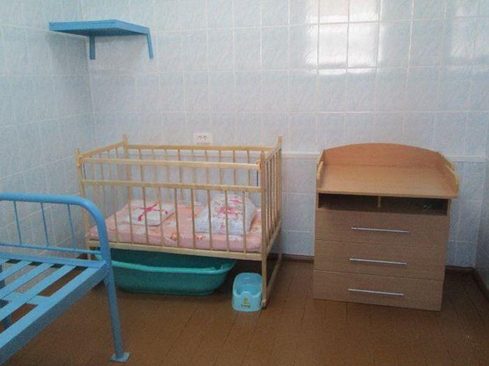 Одну из камер кемеровского СИЗО переоборудовали для мам с маленькими детьми (2 фото)