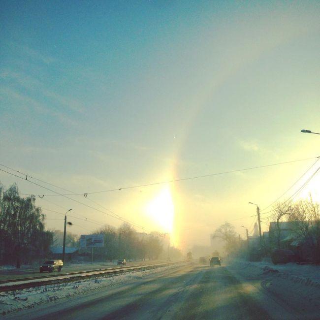 «Три солнца» в небе над Челябинском (9 фото)