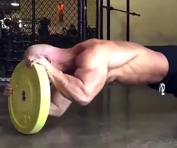 Необычные упражнения для спортсменов со стажем