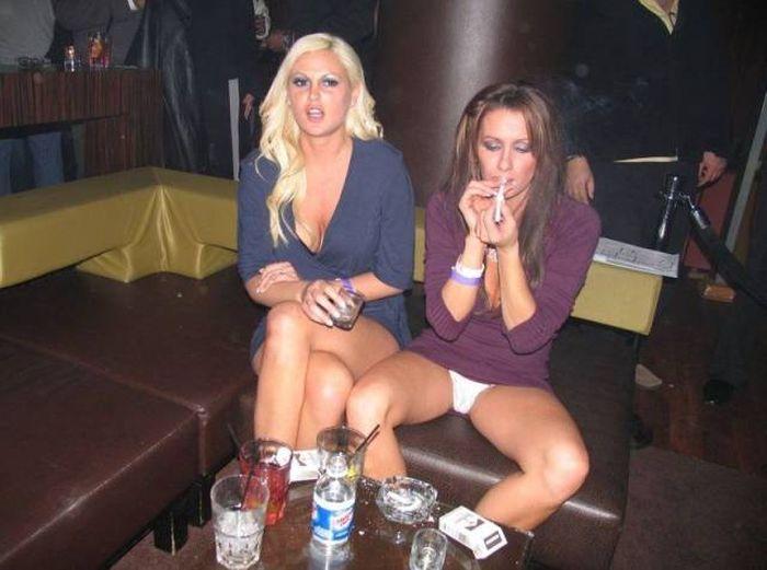 Забавные девушки. Часть 40 (62 фото)