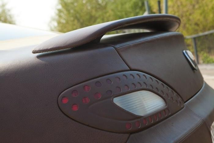 Необычный тюнинг автомобиля (6 фото)