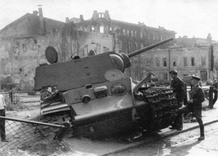 Героический поступок юных ростовчан в годы Великой Отечественной войны (2 фото)
