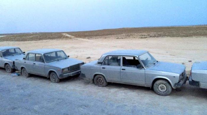 На туркмено-казахстанской границе пявилась свалка отечественных автомобилей (5 фото)