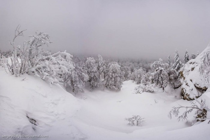 Титановая дыра на Южном Урале (18 фото)
