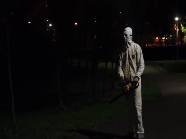 Неудачный пранк задержанных пранкеров в парке Есенина
