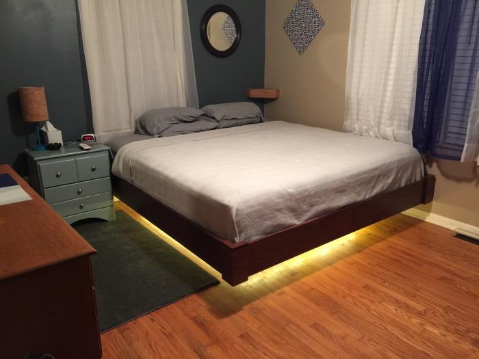 Фотоотчет по сборке «летающей» кровати (9 фото)