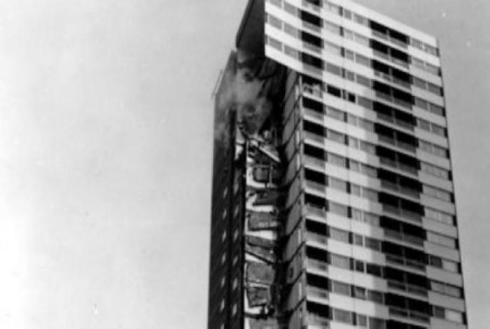 Ошибки и просчеты архитекторов, которые не остались незамеченными (15 фото)