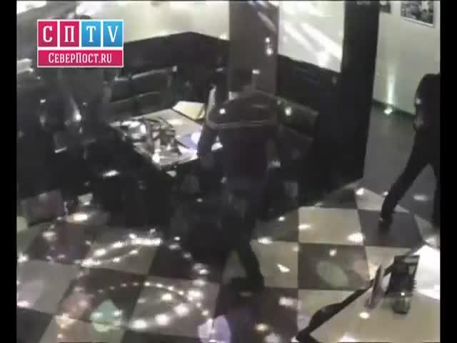 Массовая драка в мурманском баре
