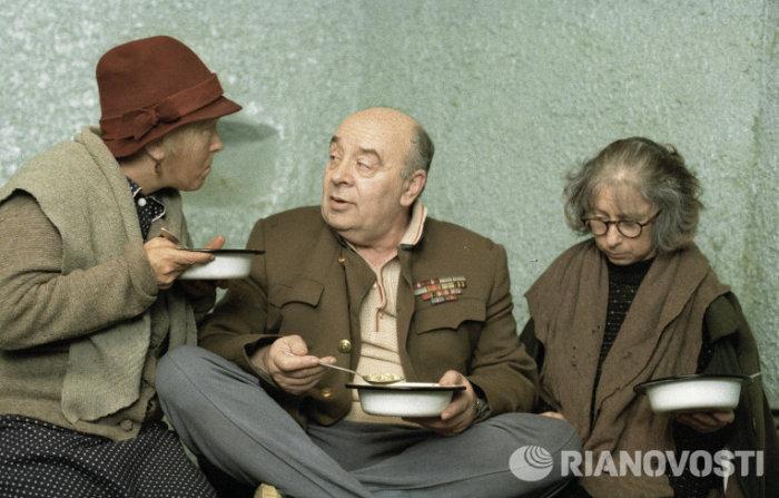 В Москве скончался известный кинорежиссер Эльдар Рязанов (11 фото)