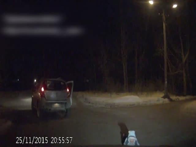 В Перми ребенок выпал из автомобиля