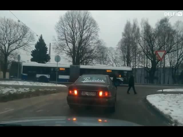 Дорожные разборки в Латвии