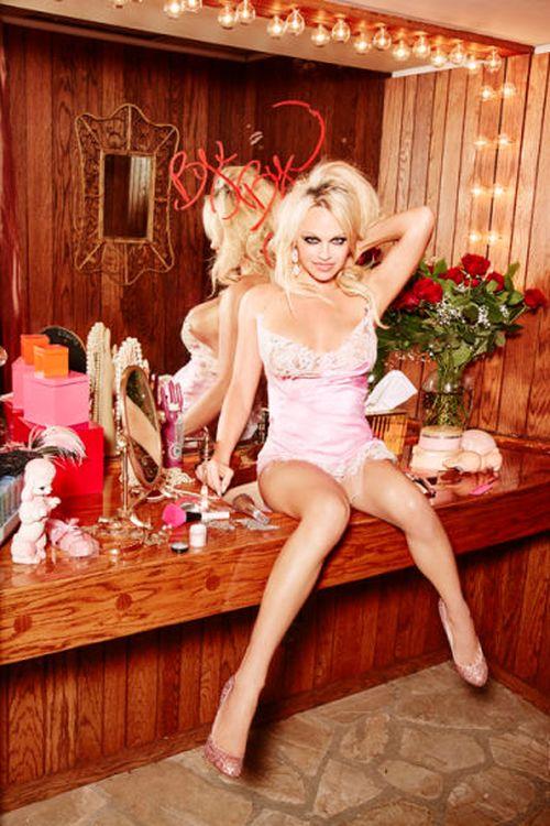 Последнюю эротическую обложку журнала Playboy украсит фото Памелы Андерсон (8 фото + видео)