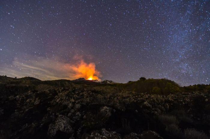Etna Yanardağında yeni bir patlama (10 fotoğraf)