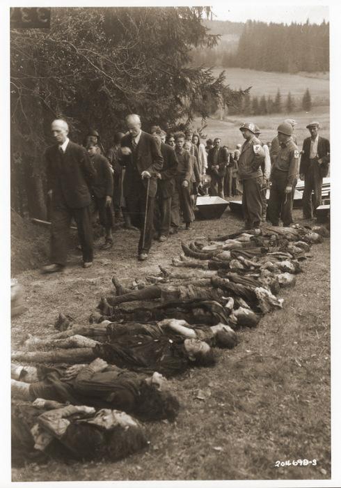 Как наказывали немцев, причастных к нацизму, в западной послевоенной зоне оккупации Германии (22 фото)