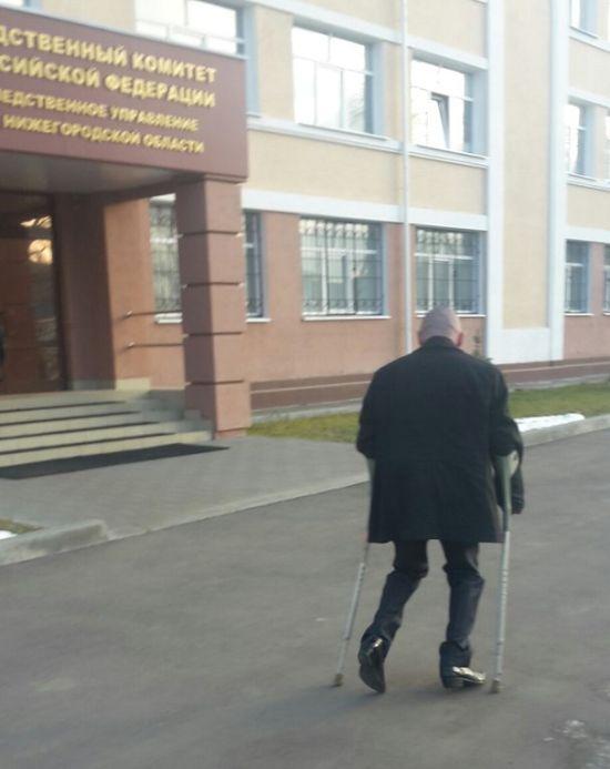 Нижегородский водитель-инвалид пытается восстановить справедливость и вернуть свои права (2 фото + видео)