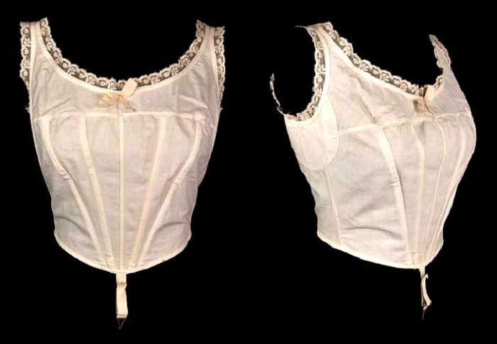 Как увеличивали грудь дамы XIX века (25 фото)