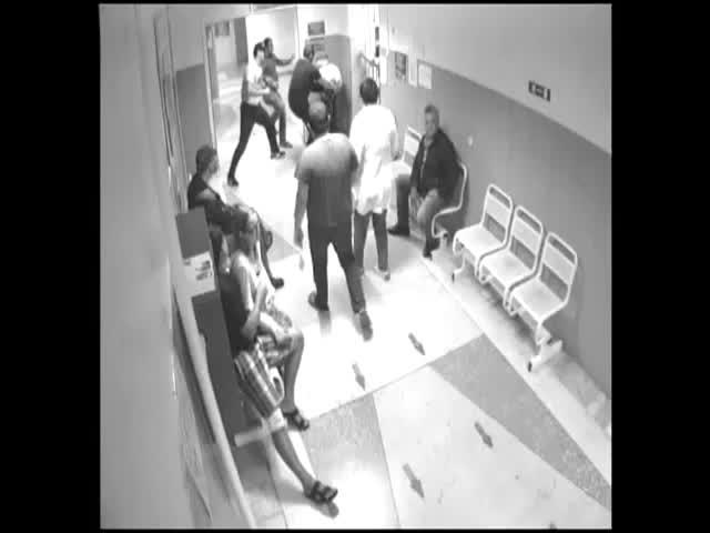 Жестокое избиение в больнице Сургута